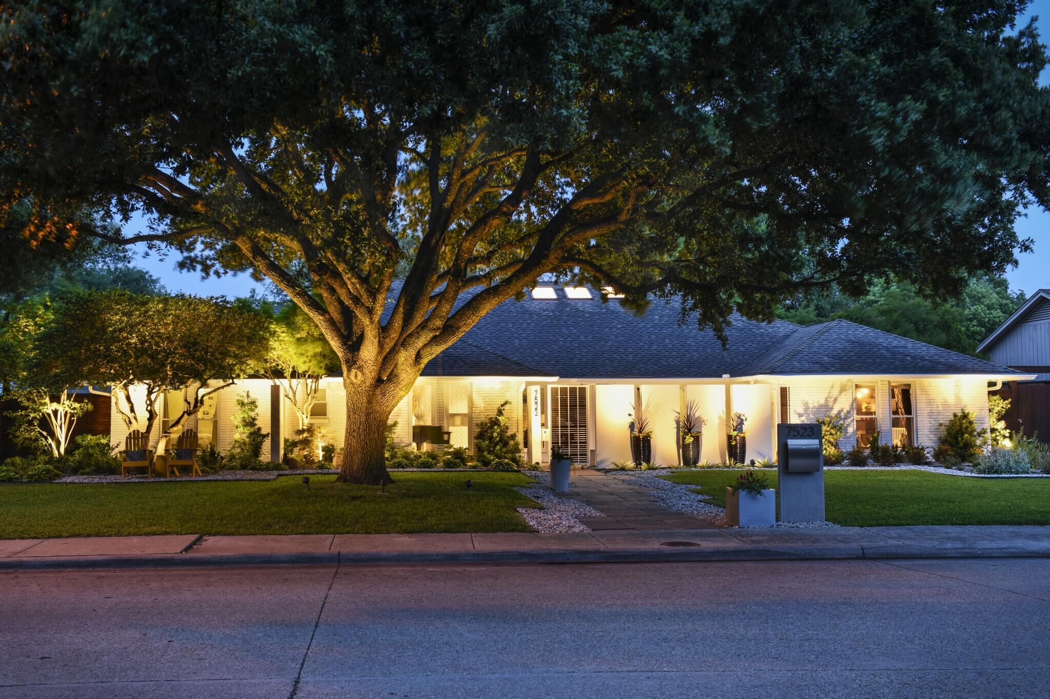 Northwood hills residence landmark design company for Landmark design